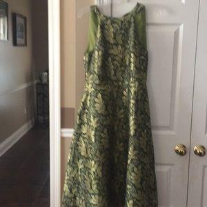 Beautiful green and gold midi dress.